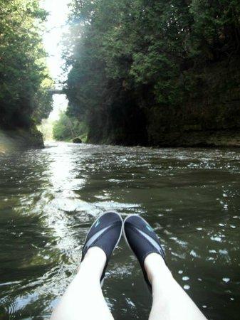 Elora Gorge Conservation Area: Heading towards some rapids under the bridge