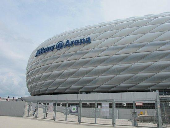 Allianz Arena: 2