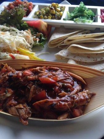 Round Hill Hotel & Villas: Jamaican Pulled Pork Tacos