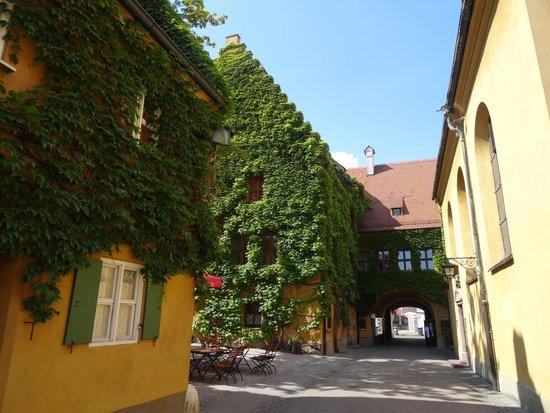 La 'Fuggerei' di Augsburg