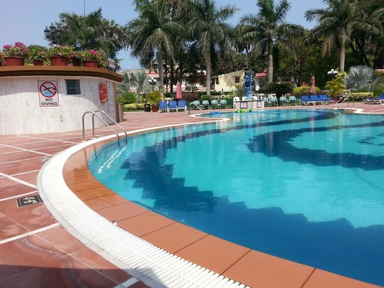 Radhika Beach Resort : pool