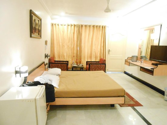 Radhika Beach Resort : room