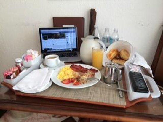 Marriott Cancun Resort: breakfast