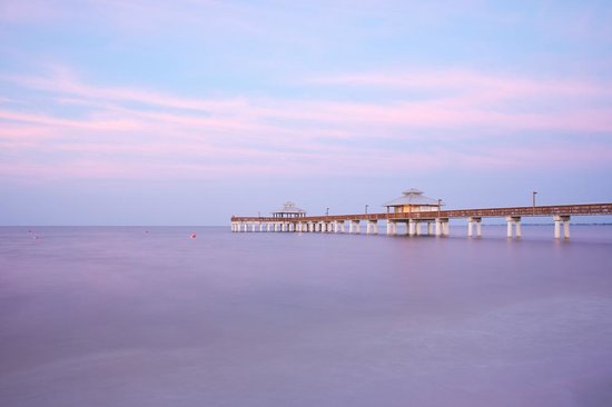 Fort Myers Beach: The pier at dawn...