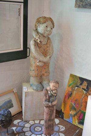 La Quinta Menorca Hotel & Spa: Artist shop in |town