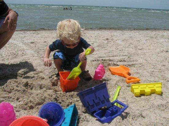 Rockport Beach: Fun on the clean beach!