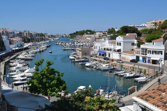 La Quinta Menorca Hotel & Spa: Cuitadella harbour