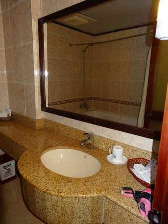 Thuy Duong 3 Hotel : baño