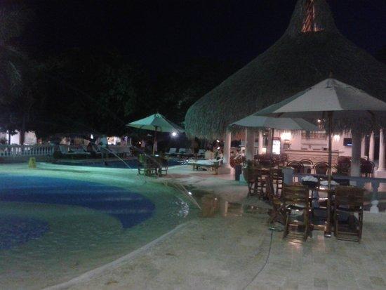 Foto de hotel las iguanas santa fe de antioquia noche en - Hotel las gaunas en logrono ...