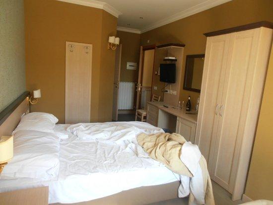 Hotel Galileo: habitación