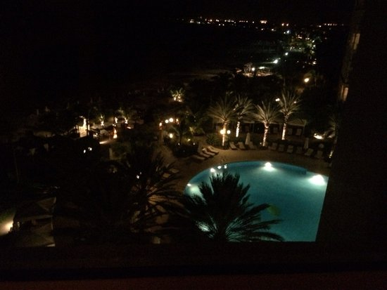 Seven Stars Resort & Spa: The pool at night