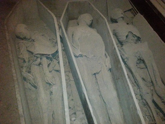 St. Michan's Church : Meet The Mummy's...