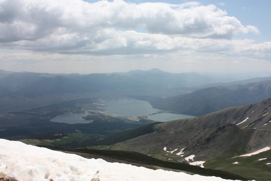 The Twin Lakes Inn: View of Twin Lakes from top of Mt. Elbert