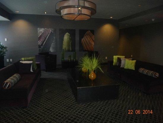 HYATT house Charlotte Center City: lobby