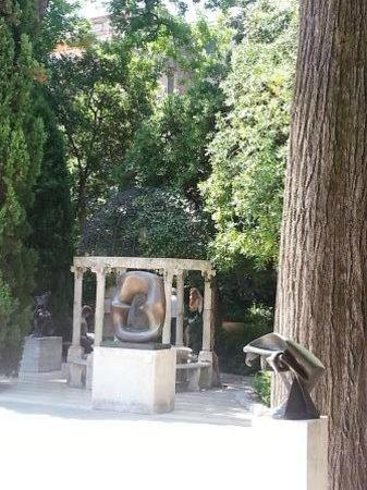 Colección Peggy Guggenheim: Peggy Guggenheim Collection: The Garden