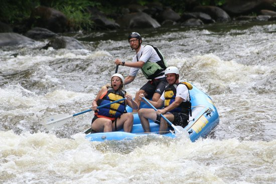 Wildwater Rafting - Pigeon : OH NO Here we go