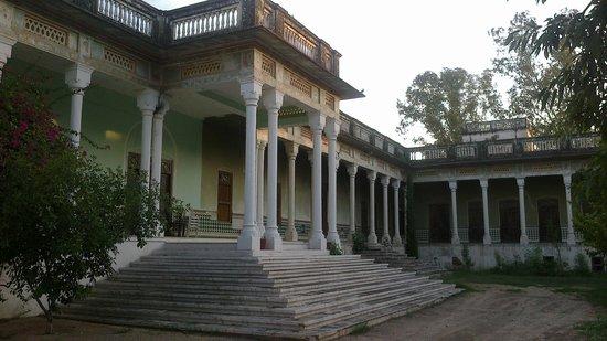 Neemrana's - Piramal Haveli: Piramal Haveli