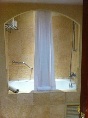 Melia Lima: Baño