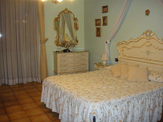 La Terrazza di Montepulciano: Meu quarto