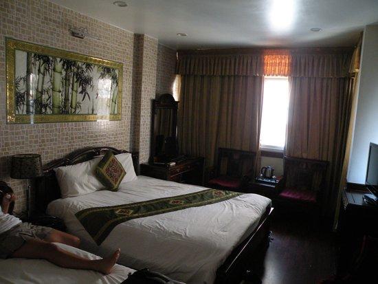 Prince II Hotel