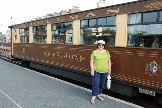 Ffestiniog & Welsh Highland Railways: First class carriage to Caernarfon
