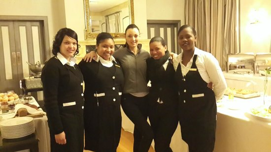 Grande Roche Hotel : Staff at the breakfast buffet