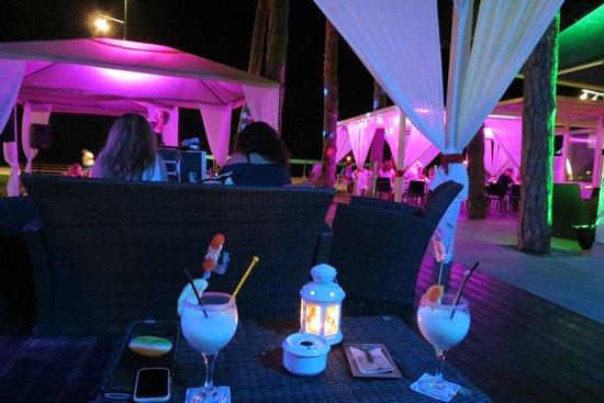 Hotel Terramarina : терраса отеля