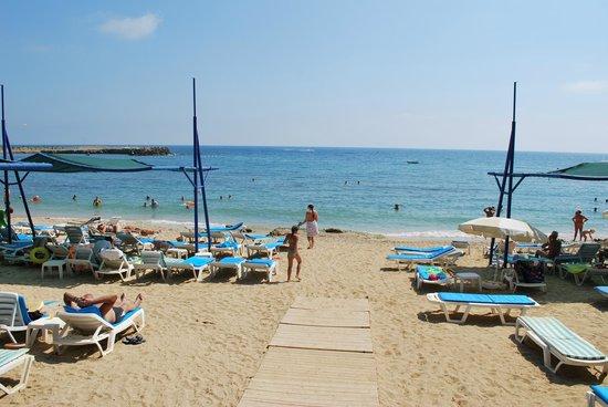 Hotel Ozkaymak Incekum: Пляж.
