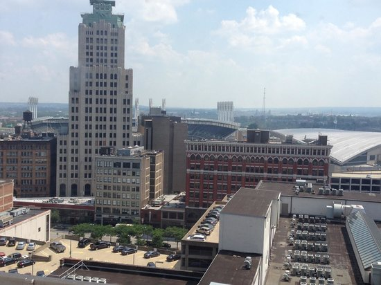 Holiday Inn Express Cleveland Downtown: view from room