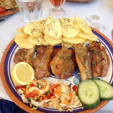 Ellados Gefsis : Pork Chops
