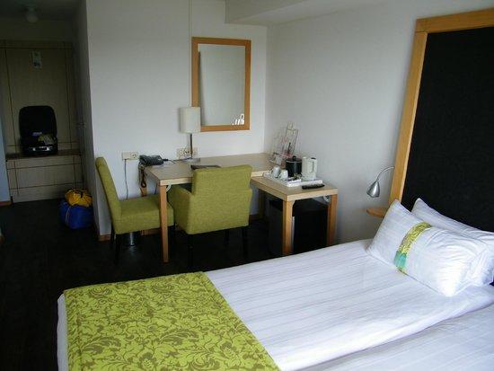 Apollo Hotel IJmuiden Seaport Beach: zitje in de slaapkamer