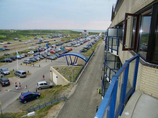 Apollo Hotel IJmuiden Seaport Beach: uitzicht vanaf balkon
