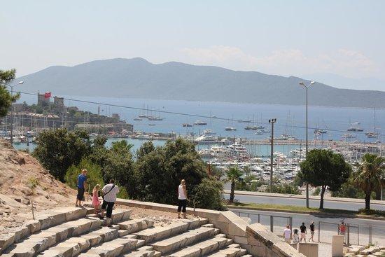 théâtre dhalicarnasse - Photo de Bodrum Amphitheater ...