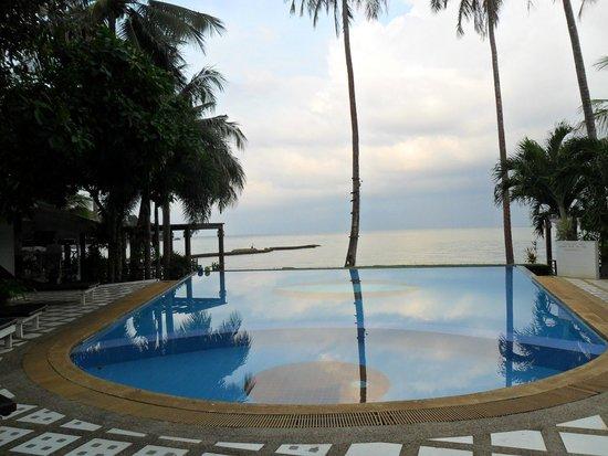 White House Bailan Resort: PISCINE