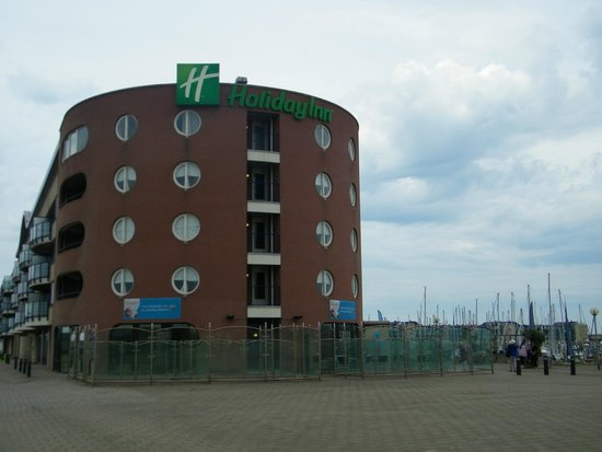 Apollo Hotel IJmuiden Seaport Beach: zijkant hotel