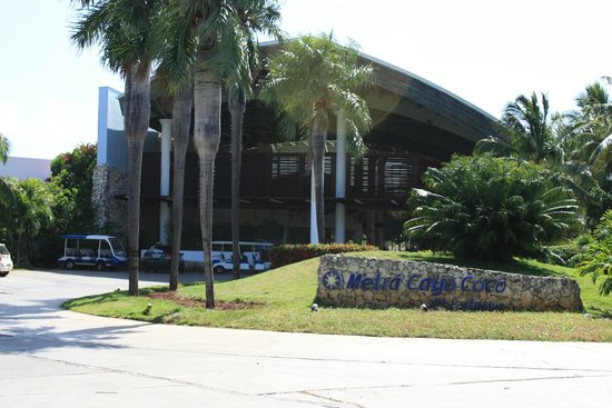 Melia Cayo Coco: Front of the Hotel
