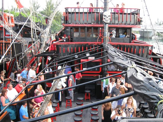 Captain Hook Barco Pirata Pirate Ship: Our view of our ship from our seats