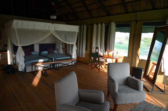 Maramboi Tented Camp: Room inside