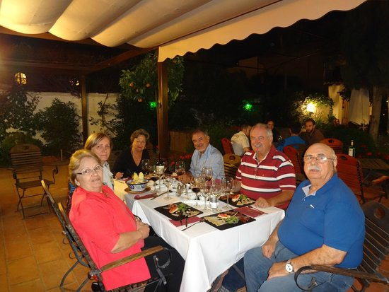 Jardines de Zoraya: Dinning in Flamenco Jardines Zoraya, Fernandes Family