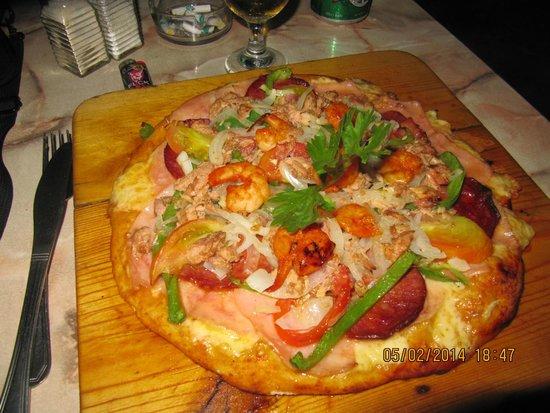 Kiki's: super pizza