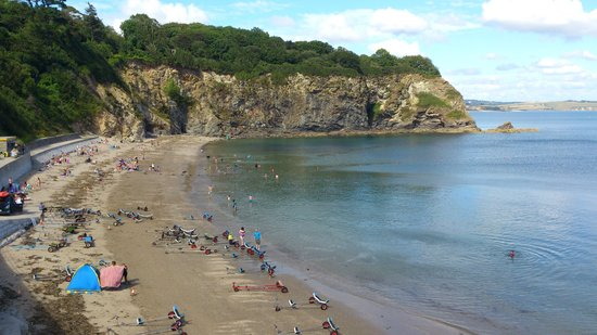 The Beech Tree Guest House: Porthpean beach, one way