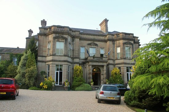 Tre-Ysgawen Hall, Country House Hotel and Spa : A beautiful Hotel