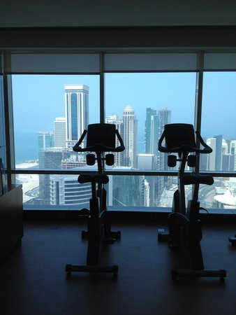 InterContinental Doha The City: Fitnesscenter im 46.Stockwerk