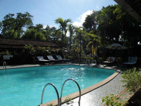 Thanh Noi Hotel: A touché la chambre !