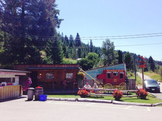 Deadwood Junction: Great place for a roadside lunch!