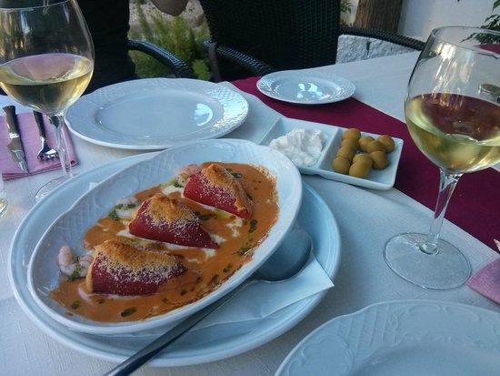 Restaurante Casa Rustica: Mit Meeresfrüchten gefüllte Paprika