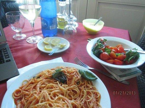 Hotel Sbarcadero: light lunch @ sbarcadero restaurant day of checkout