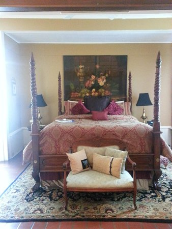 1890 Williams House Inn : King Bed in William Suite