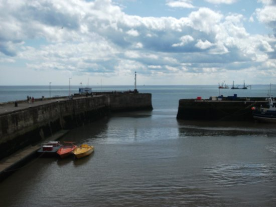 Monarch Hotel : Bridlington harbour 5 minute walk from Hotel