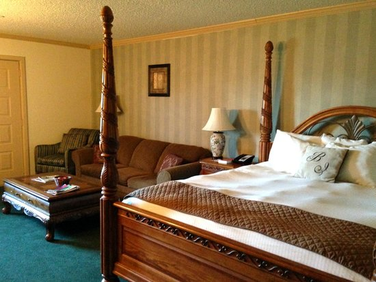 Bavarian Inn: Room